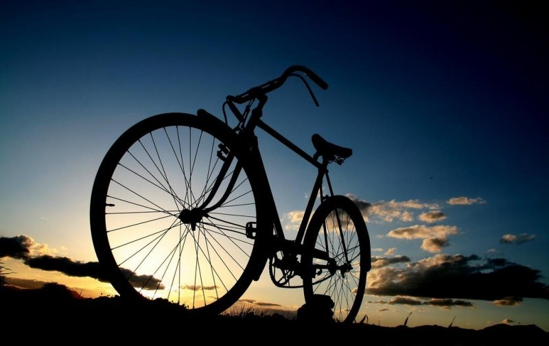 the-lonely-bicycle